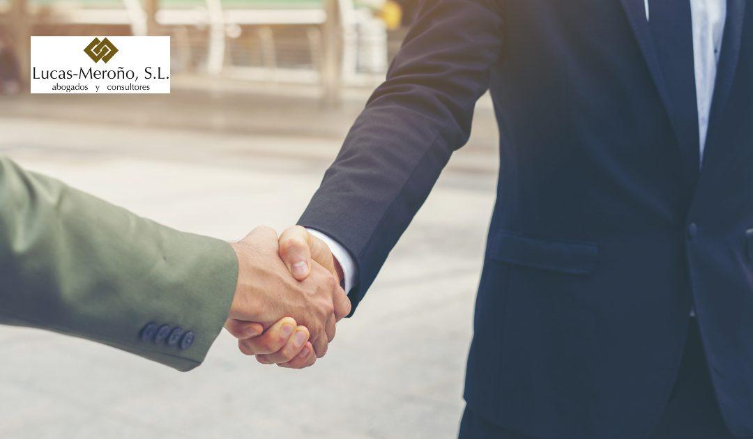 Pasos para crear un negocio y conseguir su éxito con el apoyo profesional externo